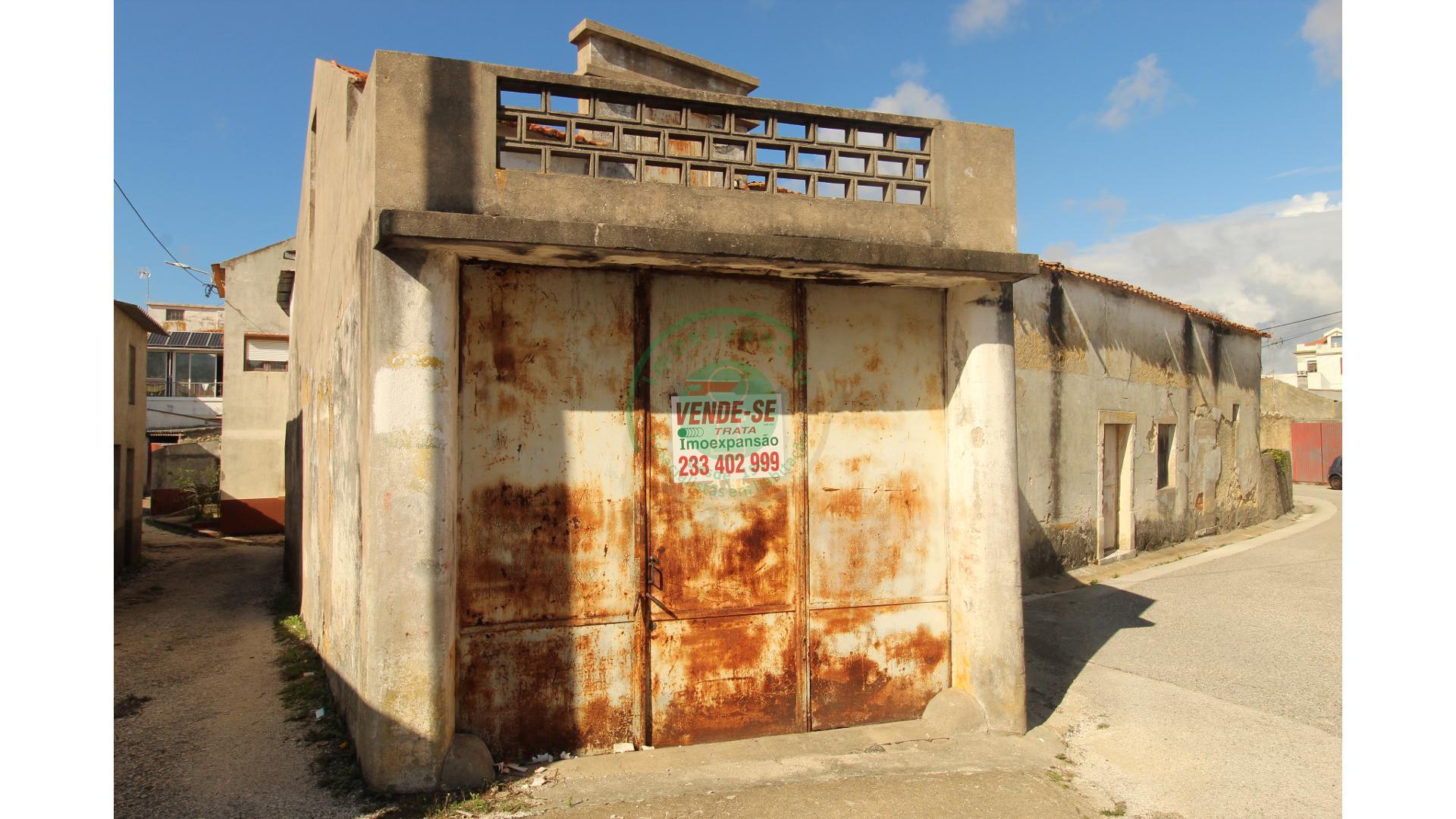 Moradia para Restaurar - Quiaios  - Figueira Da Foz, Quiaios